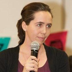 Carla Leon